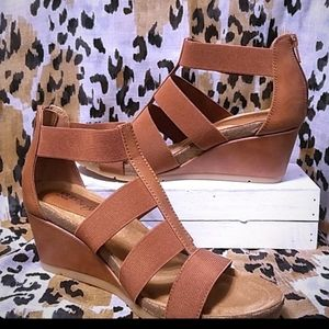 Euro Soft Wedges by Sofft